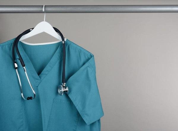Các mẫu đồng phục bác sĩ đẹp