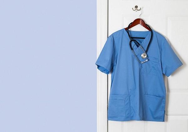 Áo đồng phục bác sĩ bệnh viện