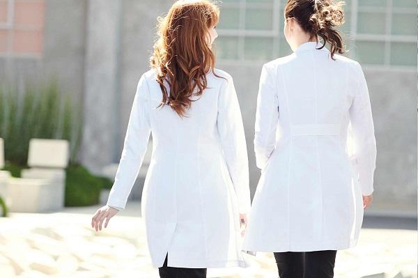 Các mẫu áo bác sĩ đẹp